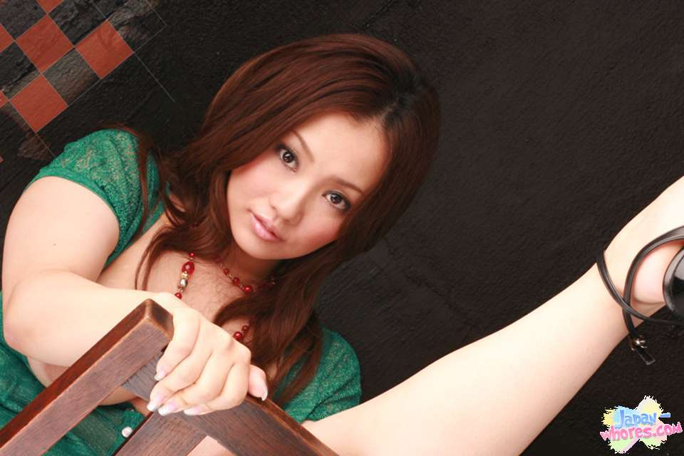 Rika Aiuchi   Sexy Pictures Gallery