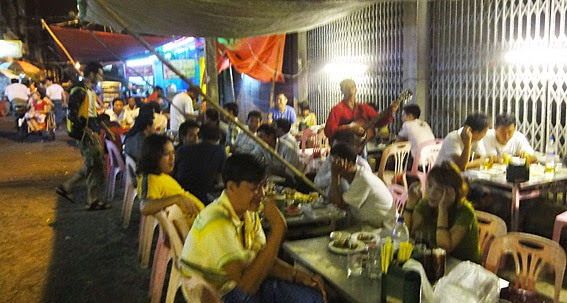 Dinner at Mahabandoola and 19street in Yangon