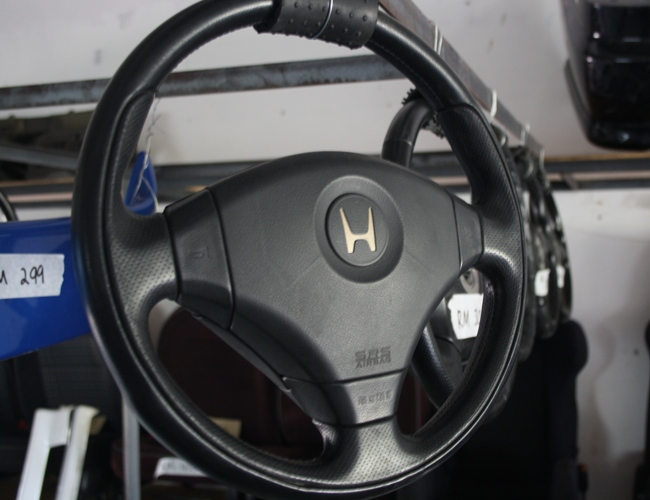 Dingz Garage Momo Steering Wheel Accord Euro R Cl1