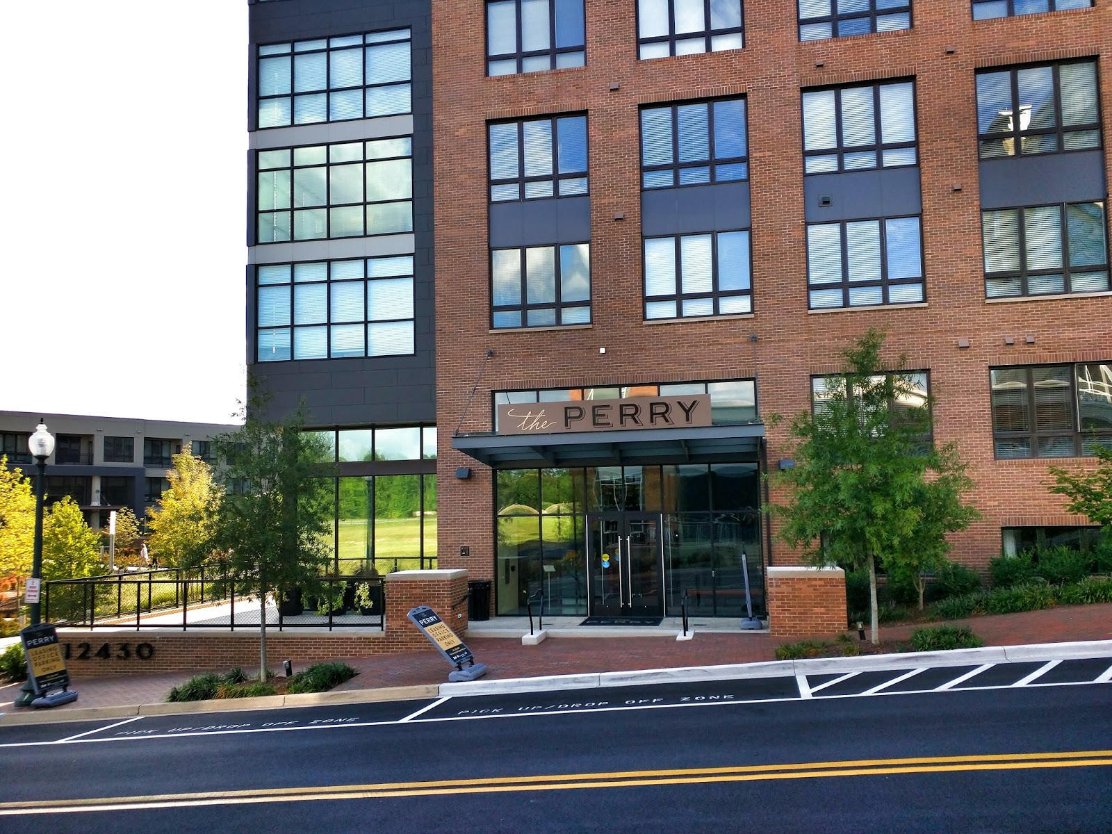 Bethesda Construction Update: The Perry At Park Potomac (Photos)