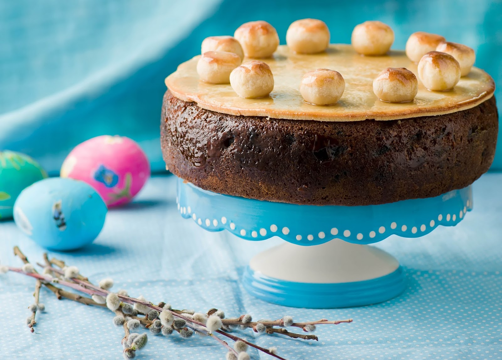 How To Make A Simnel Cake For Easter.