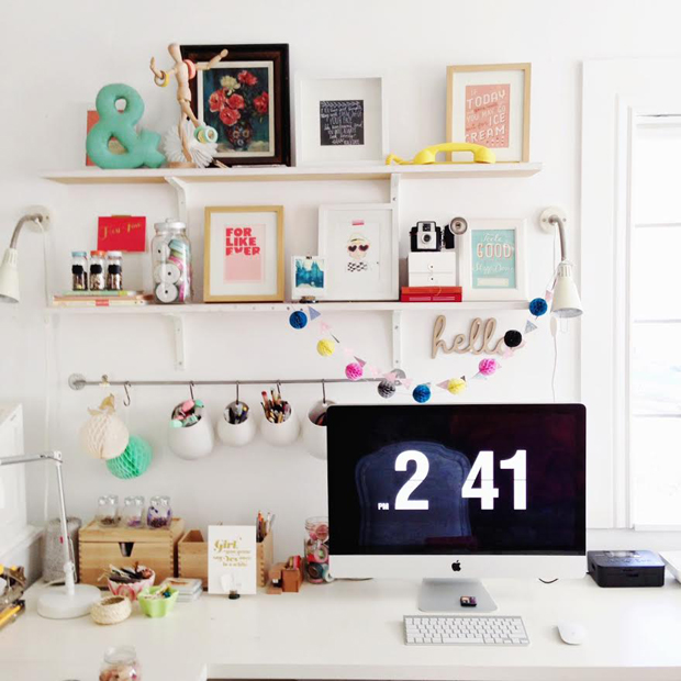 http://elizabethkartchner.com/2014/01/21/happy-desk-2/