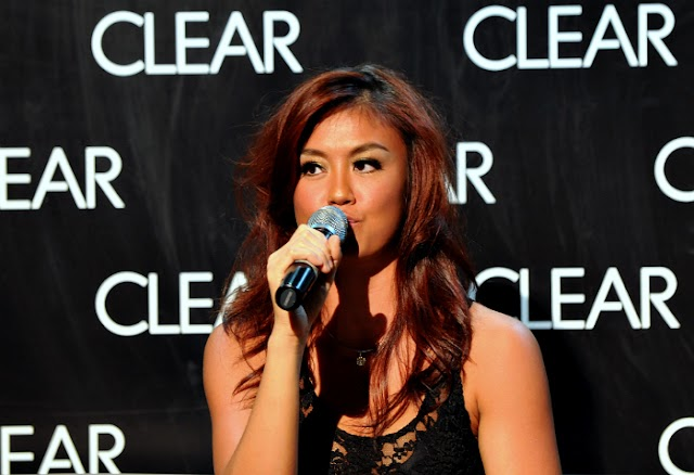 CLEAR & AGNES MONICA IN A NEW HARMONY