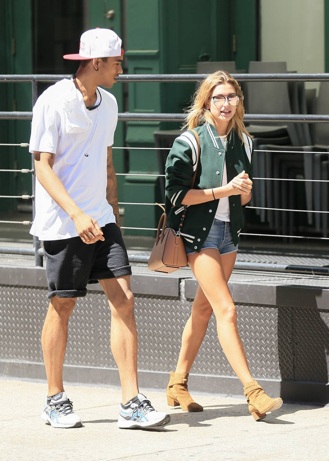 Hailey Baldwin – Out and about in New York City, NY