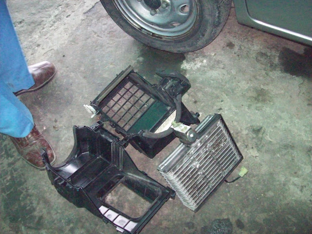 megapower bosch car service jammu car ac evaporator cooling coil inside blower needs. Black Bedroom Furniture Sets. Home Design Ideas
