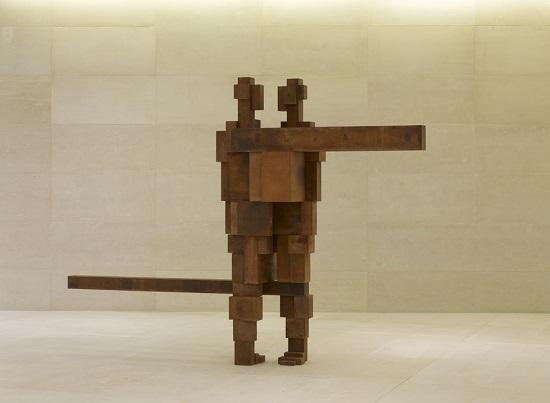 "Antony Gormley - ""Hinge"", 2011. | imagenes obras de arte figurativo abstracto, esculturas figurativas abstractas | art pictures inspiration, cool stuff"
