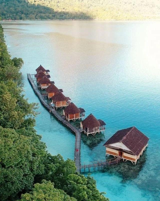Pesona Pantai Ora Maluku Tengah - Foto IG @_handrijay