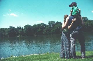 ماذا تريد المرأة من زوجها  و ما هو الحب الذي تحتاجه المرأة من الرجل