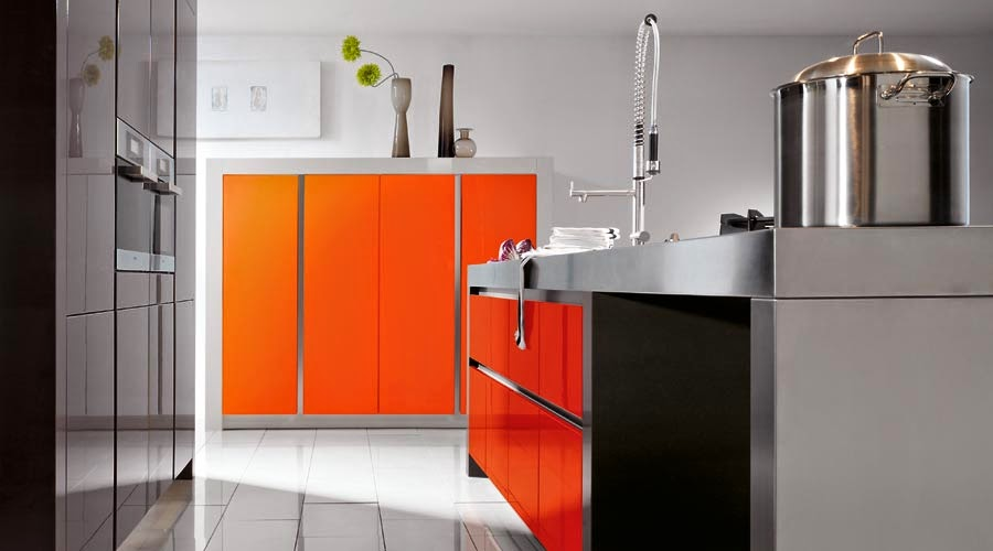 orange wall with white trim, so fun for a small sunny room ...