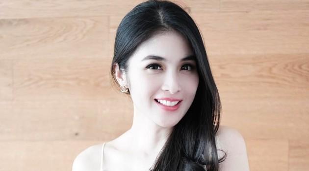 Daftar Film, Sinetron, dan Iklan yang Dibintangi Sandra Dewi