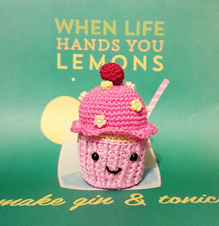 http://redhairedamazona.blogspot.com.au/2016/04/lemon-raspberry-cupcake-free-tutorial.html