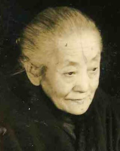 Kisah Urban Legend Mimpi Bertemu Wanita Tua