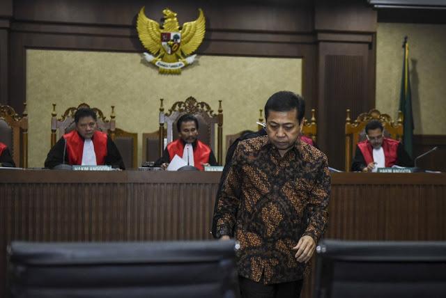 ICW Khawatir Setya Novanto Berlindung di Balik Kegamangan Jokowi