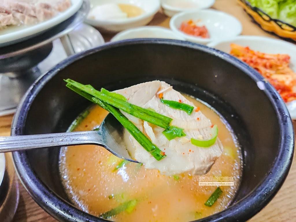 釜山必吃美食,雙胞胎豬肉湯飯,釜山好吃,大淵站美食