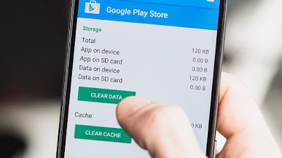 Clear out your Play Store data