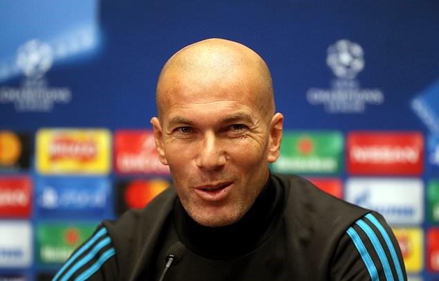 Zidane ogah tukar Ronaldo dengan Salah