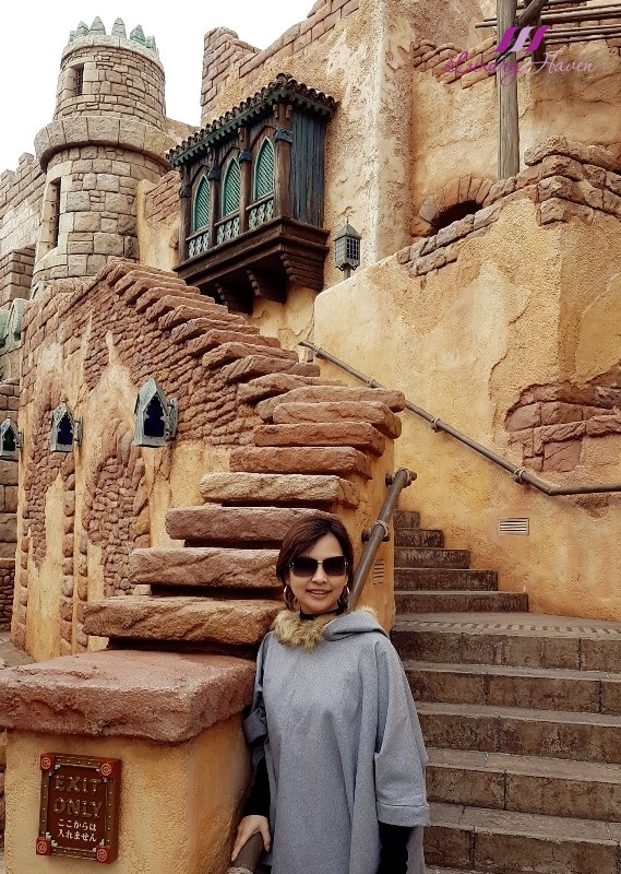 singapore travel blogger tokyo disneysea arabian coast instagram