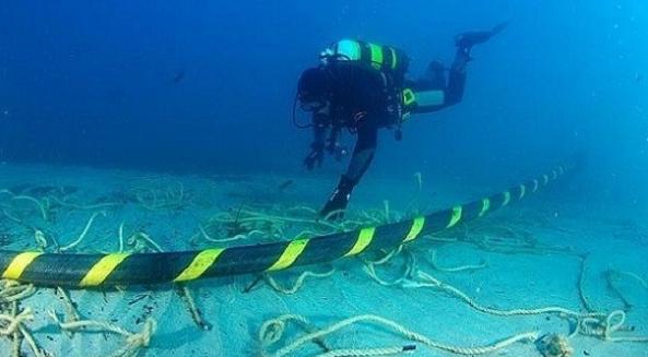 Υπογράφεται σήμερα η υποθαλάσσια ηλεκτρική διασύνδεση Κρήτης με Πελοπόννησο με υποθαλάσσιο καλώδιο 132χλμ