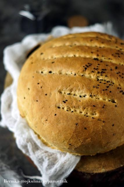 chleb, pieczywo, sniadanie, pieczemy, czarnuszka, bernika, kulinarny pamietnik