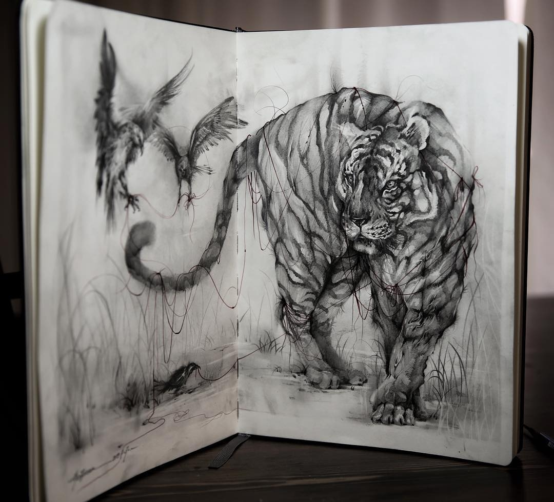 11-Red-Line-Hua-Tunan-Animal-Sketch-Drawings-and-Mural-Paintings-www-designstack-co