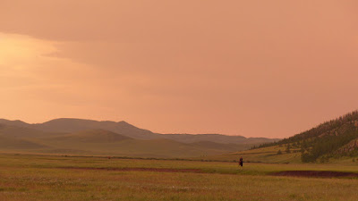 Mongolie Khentii steppe coucher de soleil