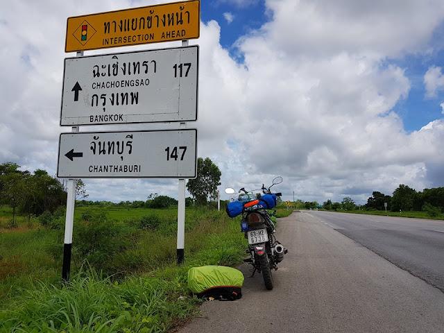 Chia sẻ kinh nghiệm mang xe máy qua Thái Lan 2017