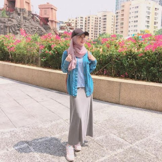 Trend Hijab Sporty Ayana Moon Outfit Lebaran 2018