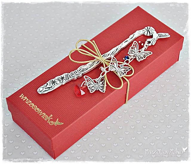 http://e-wrzosowisko.pl/p/6/1019/zakochane-motyle-zakladka-ze-swarovskim