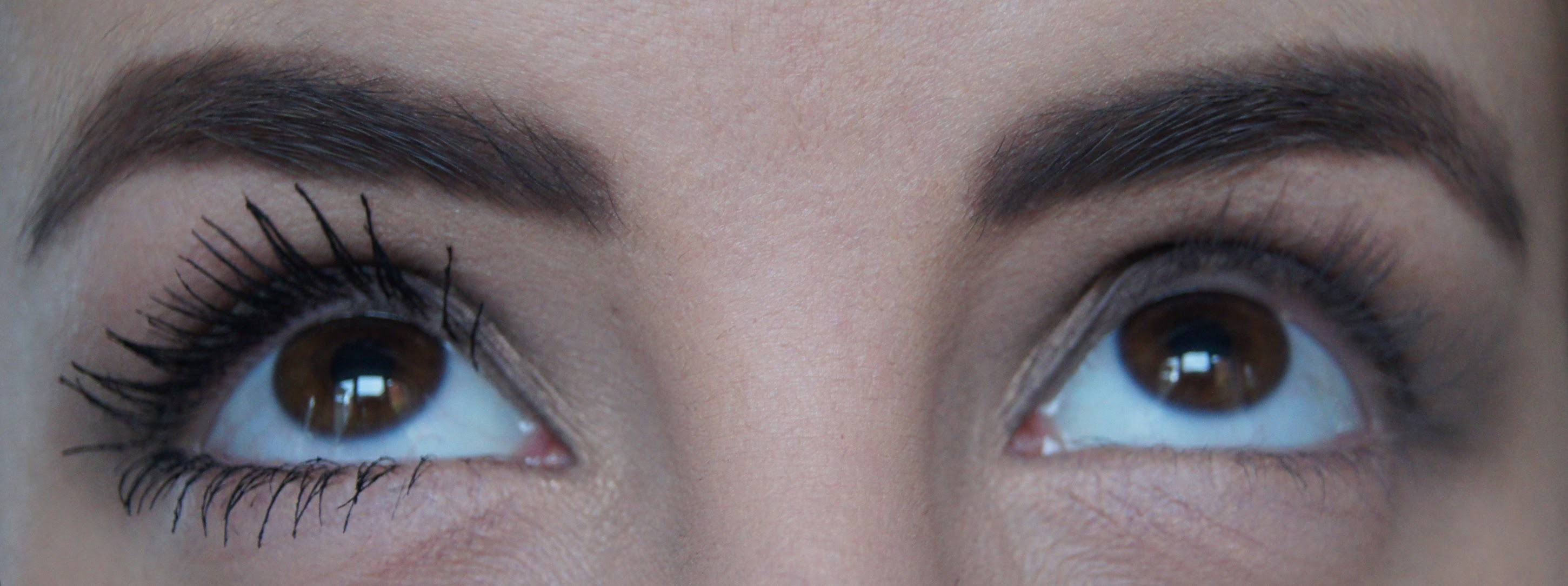 benefit they're real mascara swatch with and without mascara before after
