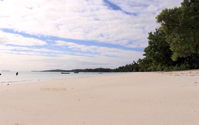 Pantai Ngursarnadan