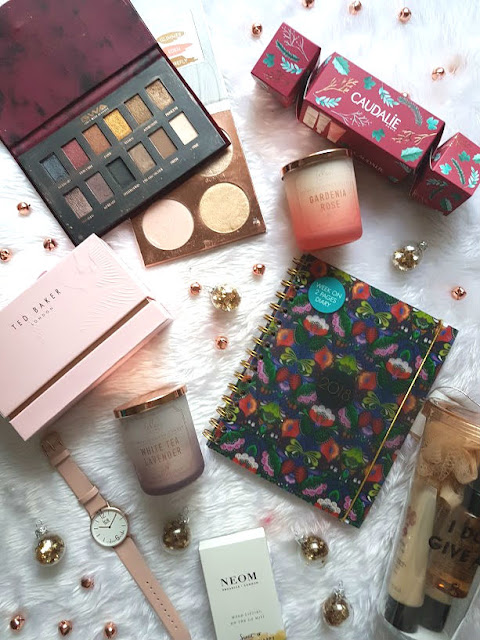 student friendly gift guide