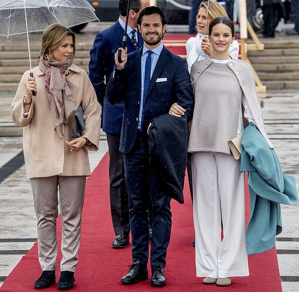 Queen Silvia, Crown Princess Victoria, Princess Sofia, Queen Maxima, Princess Beatrix, Princess Mabel, Queen Mathilde, Queen Margrethe, Crown Princess Mary,  Princess Marie, Grand Duchess Maria Teresa, Princess Stéphanie, Countess Sophie