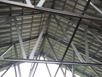 Perbandingan Rangka Atap Baja Dan Kayu