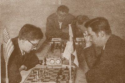 Partida Mednis (USA) - Haanpää (Finlandia) del III Campeonato Mundial Universitario de Ajedrez - Uppsala 1956