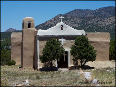Eglise non loin de Santa Fe