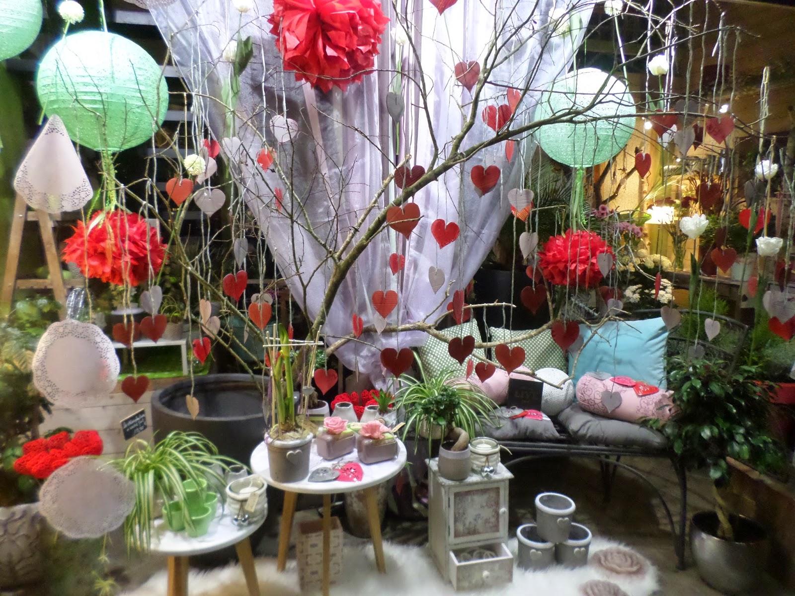 ma tre artisan fleuriste vitrine saint valentin 2015. Black Bedroom Furniture Sets. Home Design Ideas