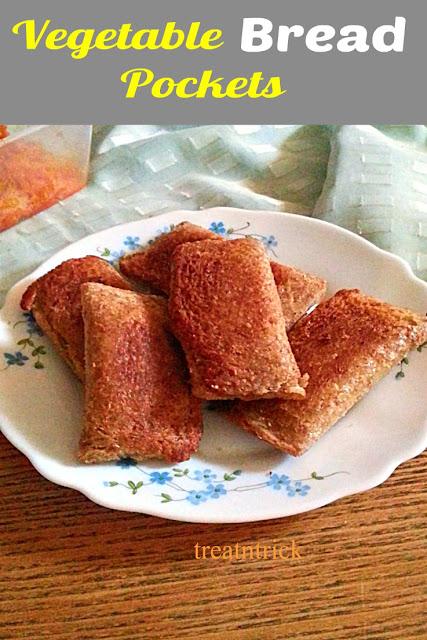 Vegetable Bread Pockets Recipe @ treatntrick.blogspot.com