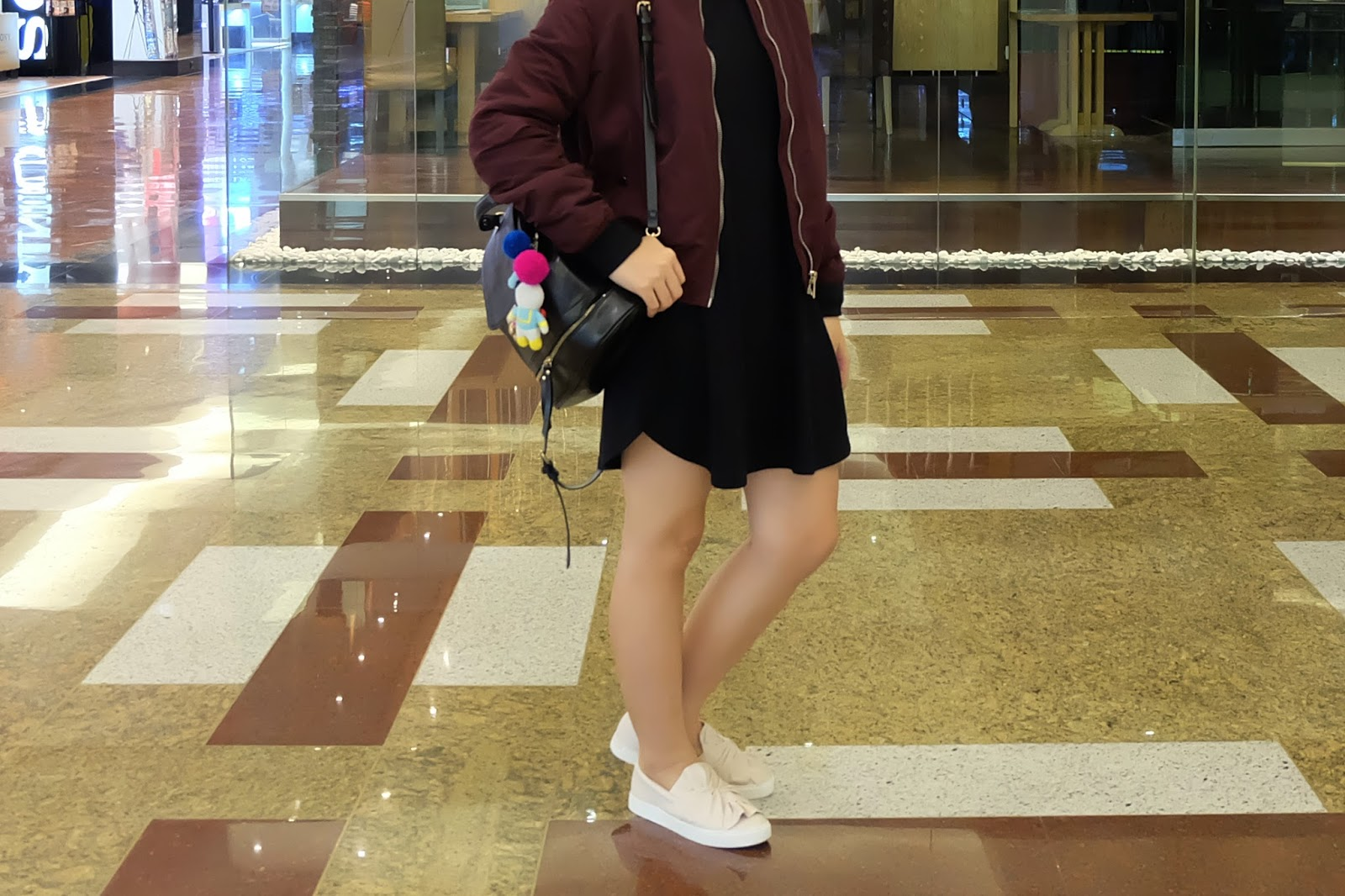 bomber jacket, dress, slip-on | japobsganbare.blogspot.com
