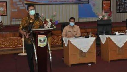 Foto: Gubernur Irwan Prayitno. Tekan Kematian, Tingkatkan Kesembuhan.