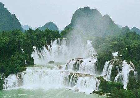 Iguazu Falls Hd Wallpaper No Viviendo En Un Mundo Vivo Cataratas Ban Gioc Detian