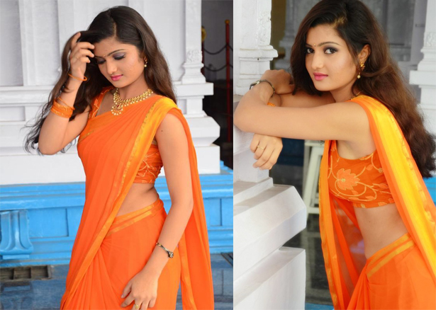 Akishitha in Eye Catchy in Plain Saree at Pranayam Movie Opening