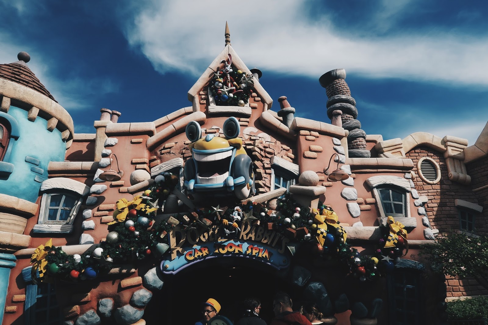 my first trip to disneyland essay The amazing place called, paris my english essay for the spm trial will be wasted if you did not take the opportunity to visit the disneyland.