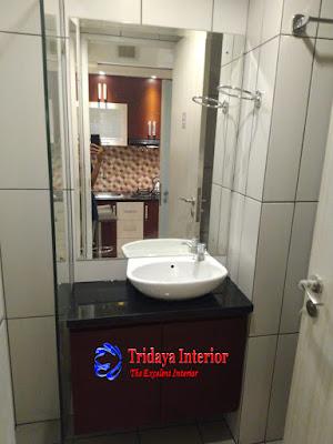 interior-kamar-mandi-apartemen-grand-kamala-lagon
