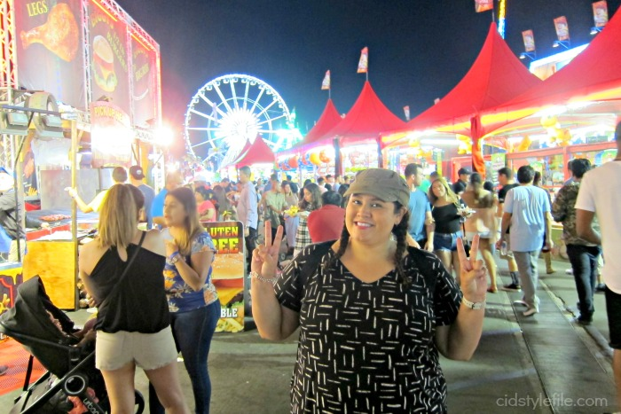 oc, orange county, fair, octa, summer, ziggy marley, concert, untamed style, weekly linkup, cidstylefile, style over 40, style has no size, old navy, camo capris, teva sandals, a kurtz cap, latina blogger, california blogger
