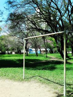 Quadra de  Futebol na Praça Leda Schneider, Porto Alegre