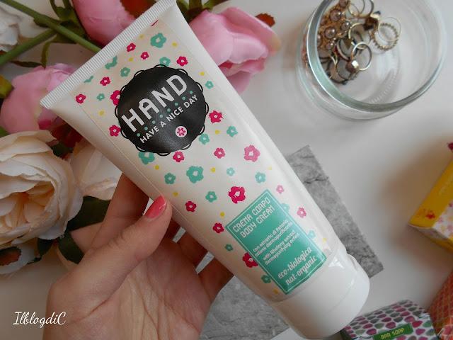 Hand cosmetics crema corpo
