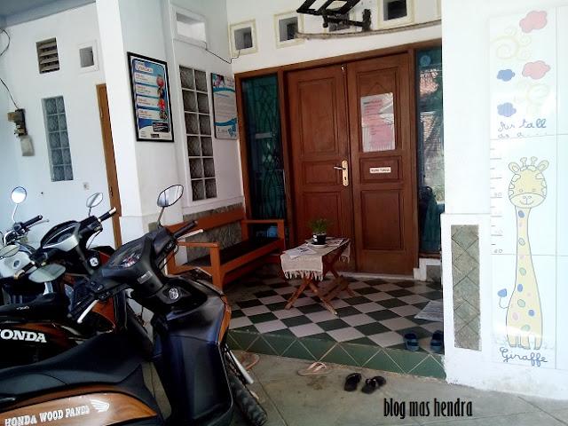 Tampak Depan Bidan - Blog Mas Hendra