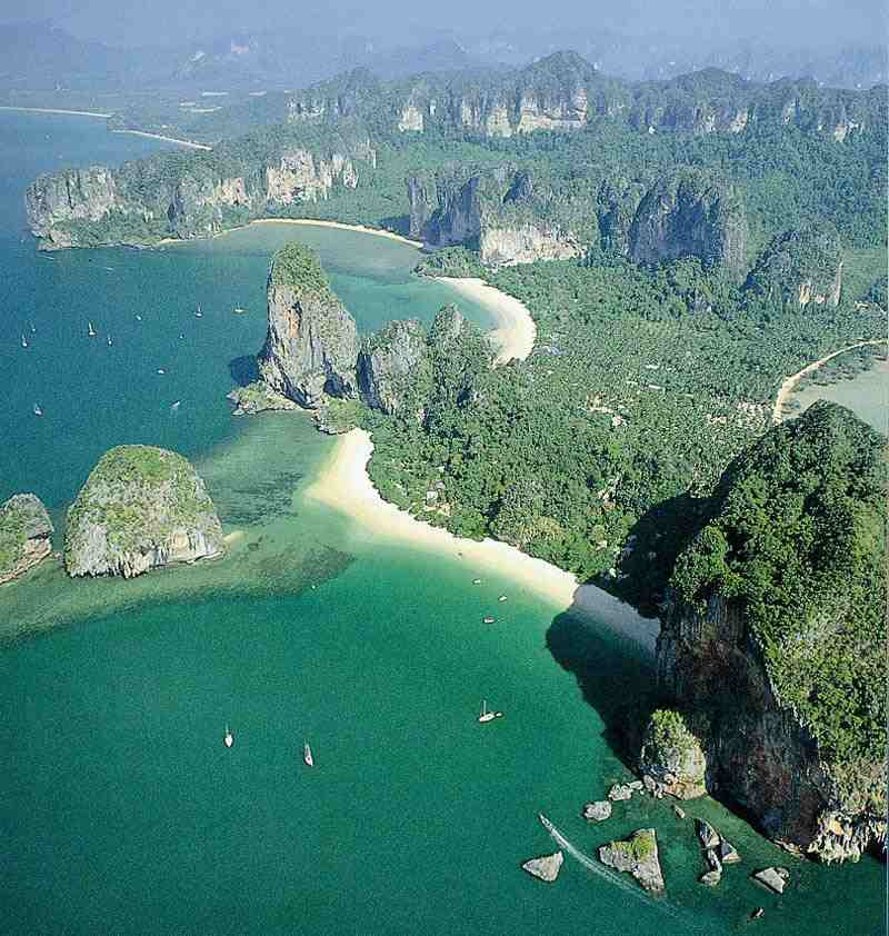 Phi Phi Beach: World Visits: Islands Of The Andaman Sea, Thailand