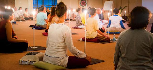 ممارسة تمارين تراتاكا Trataka لتقوية النظر