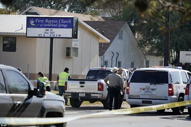 Ένοπλος άνοιξε πυρ σε εκκλησία στο Τέξας - 27 νεκροί (βίντεο)